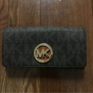 Michael Kors wallet signature MK Brown
